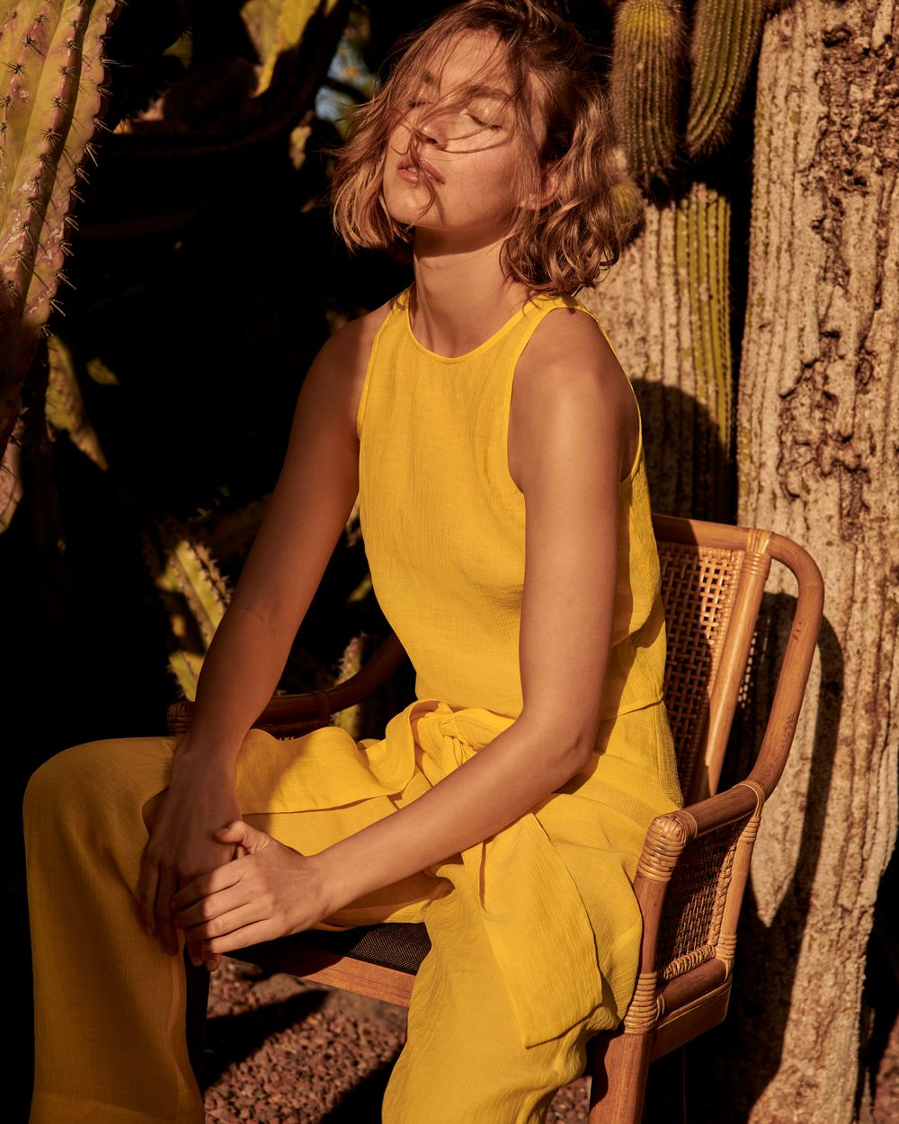 Arizona Muse twarzą MANGO Committed - wiosna 2018